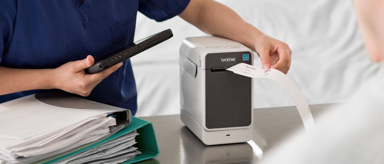 full-width-etikettendrucker-gesundheitswesen-2