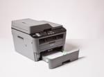 MFC-L2700DN-Geschlossene-250-Blatt-Papierkassette
