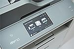 MFC-L6800DW mit Touchscreen-Farbdisplay