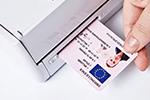 ADS-1600W ermöglicht Scannen von Plastikkarten