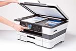 MFC-J6720DW ermöglicht Drucken, Scannen, Kopieren und Faxen bis zum Format DINA3