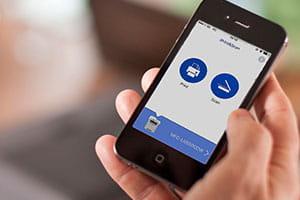Mobiltelefon mit Brother App