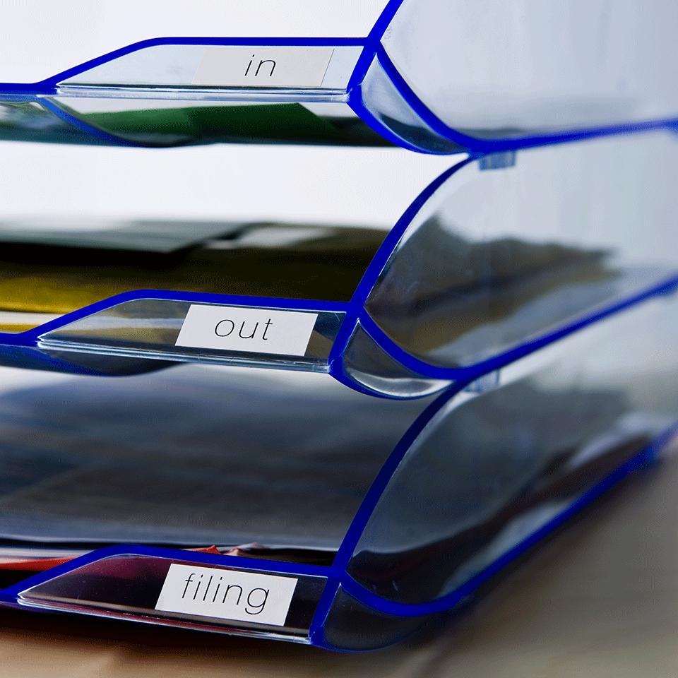 DK22214_02