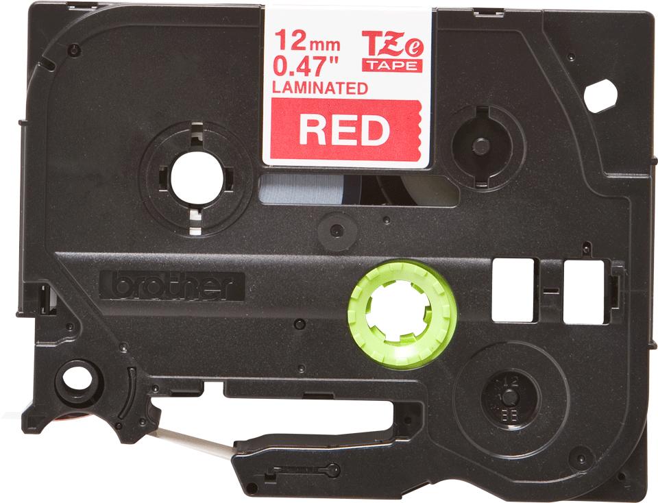 Brother TZe-435 Schriftband – weiß auf rot 3