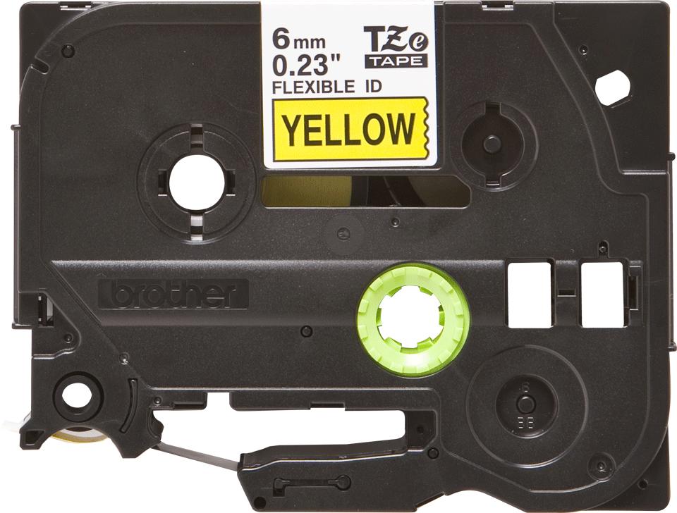 Brother TZe-FX611 Flexi-Tape – schwarz auf gelb 3