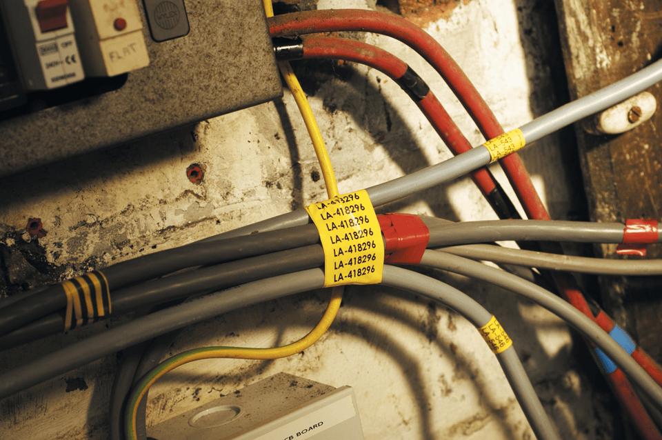 Brother TZe-FX661 Flexi-Tape – schwarz auf gelb