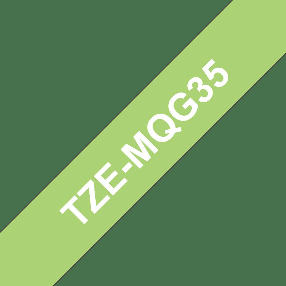 Brother TZe-MQG35 Schriftband – weiß auf apfelgrün (matt) 3